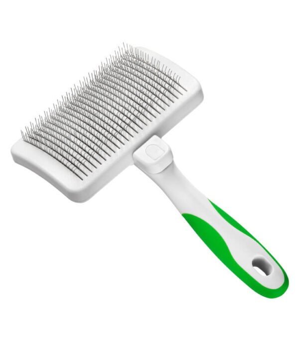 40160-self-cleaning-slicker-brush-angle.jpg